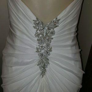 Pronovias Pelicano wedding dress.
